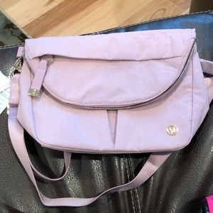 🍋🍋🍋lululemon crossover Bag NWT